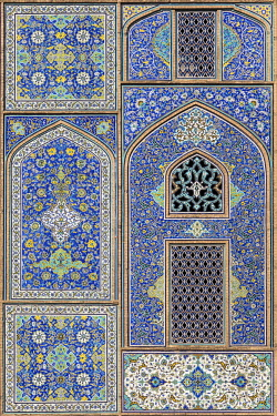 IRA1421 Iran, Esfahan.  A section of the tiles adorning the portal of the magnificent Sheikh Lotfoolah Mosque. The mosque is one of the masterpieces of Persian architecture built in the early 17th century.