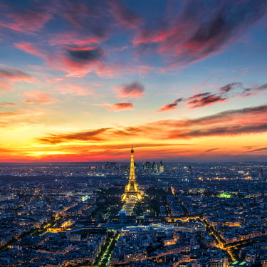 FRA9999AW Sunset over Paris with Eiffel Tower, Paris, France