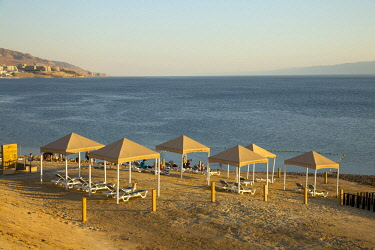 JOR0469 Dead Sea, Jordan. A private beach at the Dead Sea for use by guests of the Holiday Inn Resort