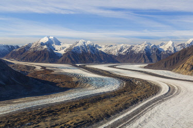 CN12BJY0018 Canada, Yukon Territory, Kluane National Park. St. Elias Mountains and Kaskawulsh Glacier (Unesco World Heritage Site)