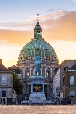 "DEN0364AW Copenhagen, Hovedstaden, Denmark. Frederik's Church called ""The Marble Church"" (Marmorkirken)."