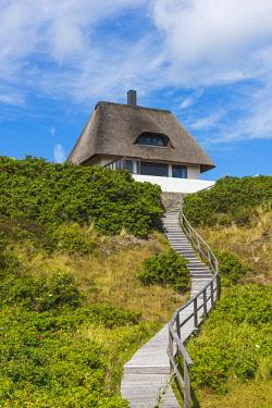 GER10165AW Hörnum, Sylt island, North Frisia, Schleswig-Holstein, Germany. Traditional frisian house.