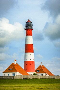 GER10180AW Westerhever lighthouse, Eiderstedt, North Frisia, Schleswig-Holstein, Germany.