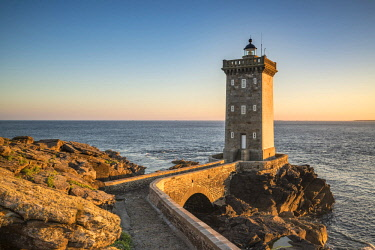 CLKFV57861 Kermorvan lighthouse. Le Conquet, Finistere, Brittany, France.