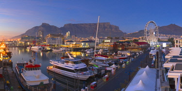 SAF7020AW Victoria and Albert (V+A) Waterfront at dawn, Cape Town, Western Cape, South Africa