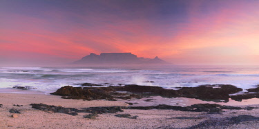 SAF7065AW View of Table Mountain from Bloubergstrand, Cape Town, Western Cape, South Africa