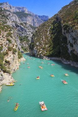 FRA10151AW Lake of St.Croix, Gorges du Verdon, Provence-Alpes-Cote d'Azur, Provence, France