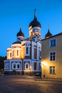 EST1246AW Exterior of Russian Orthodox Alexander Nevsky Cathedral at night, Toompea, Old Town, Tallinn, Estonia, Europe