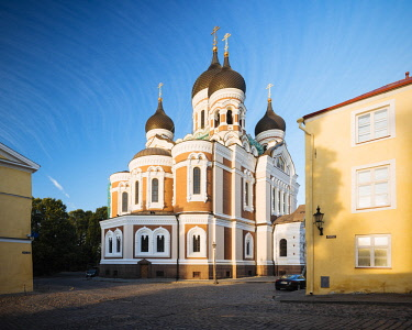 EST1248AW Exterior of Russian Orthodox Alexander Nevsky Cathedral at dawn, Toompea, Old Town, Tallinn, Estonia, Europe