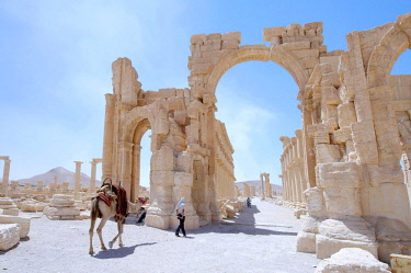 IBLAAA03145220 Ruins in the ancient city of Palmyra, Palmyra, Tadmur, Palmyra District, Homs Governorate, Syria, Asia
