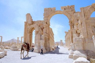 IBLAAA03145220 Ruins in the ancient city of Palmyra, Palmyra, Tadmur, Palmyra District, Homs Governorate, Syria, Asia