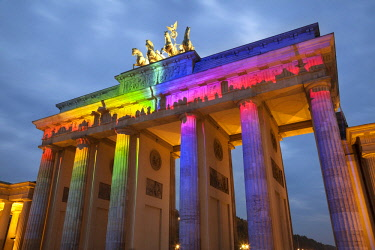 IBLJWD03756634 Brandenburg Gate during The Festival of Lights, Berlin, Berlin, Germany, Europe
