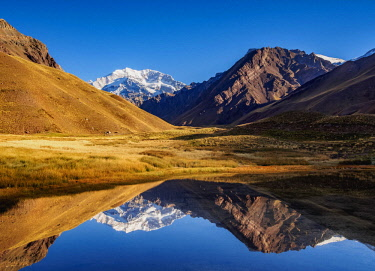 ARG2391AW Aconcagua Mountain reflecting in the Espejo Lagoon, Aconcagua Provincial Park, Central Andes, Mendoza Province, Argentina