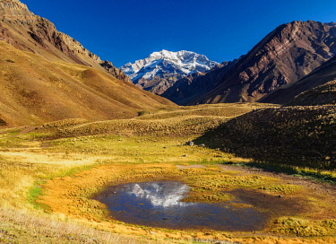 ARG2398AW Aconcagua Mountain, Horcones Valley, Aconcagua Provincial Park, Central Andes, Mendoza Province, Argentina