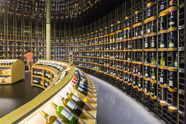HMS2611722 France, Gironde (33), Bordeaux, La cite du Vin (opened June 2016), the shop with wines from around the world