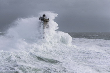 HMS1867385 France, Finistere, Iroise Sea, February 8th 2014, Britain lighthouse in stormy weather during storm Ruth, Phare de la Vieille (aerial view)