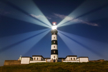 HMS2399184 France, Finistere, Ouessant, Lampaul, Creac'h lighthouse rays, listed as Historical Monument