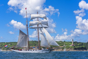 HMS2688960 France, Finistere, Brest, Brest 2016 International Maritime Festival, large gathering of traditional boats from around the world, every four years for a week, J.R. Tolkien is a gaff topsail schooner o...