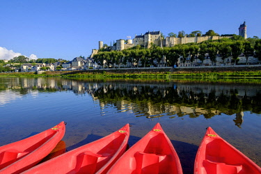 HMS2503317 France, Indre et Loire, Loire Valley listed as World Heritage by UNESCO, castle of Chinon along the Vienne river