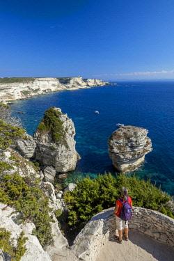 HMS2065832 France, Corse-du-Sud, Bonifacio, Bonifacio Straits Nature Reserve, limestone cliffs and the Grain of sand