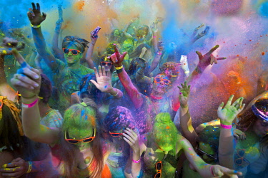 HMS2687979 France, Gard, Beaucaire, Holi Party