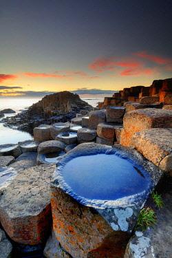 NIR8908AW Europe, Northern Ireland, Giant's Causeway at sunset