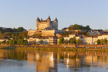 HMS1982796 France, Maine et Loire, Loire Valley listed as World Heritage by UNESCO, Saumur, castle of Saumur along the Loire river, regional natural park of Loire Anjou Touraine