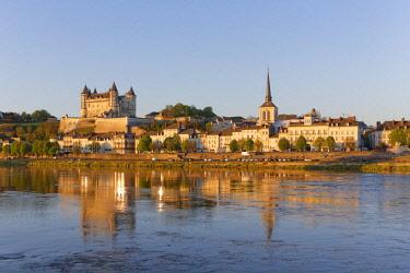 HMS1982797 France, Maine et Loire, Loire Valley listed as World Heritage by UNESCO, Saumur, castle of Saumur along the Loire river, regional natural park of Loire Anjou Touraine