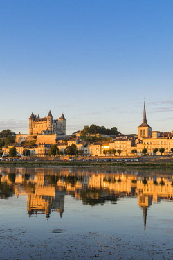 HMS2356663 France, Maine et Loire, Loire valley listed as World Heritage by UNESCO, Saumur, the castle and Saint-Pierre church are reflected in the Loire river