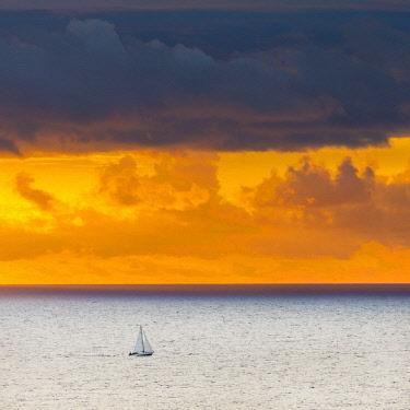 ES06347 Sunset off the north coast, Serra de Tramuntana, Mallorca (Majorca), Balearic Islands, Spain