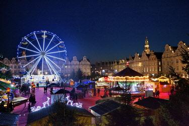 HMS2882940 France, Pas de Calais, Arras, Grand place, Christmas market