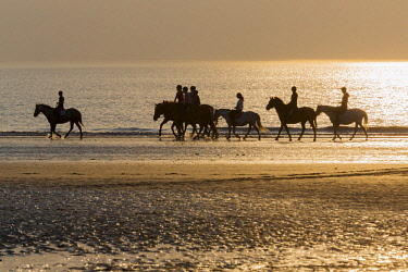HMS2065136 France, Calvados, Deauville, the beach, sunset, horseback riders