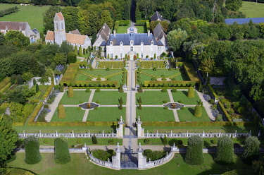 HMS2082022 France, Calvados, Saint Gabriel Brecy, the castle and the gardens of Brecy (aerial view)