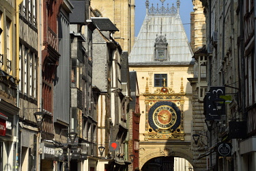 HMS2229386 France, Seine Maritime, Rouen, the Gros Horloge is an astronamical clock dating from the 16th century