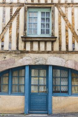 HMS2397874 France, Mayenne, Laval, the old city, Renaise street