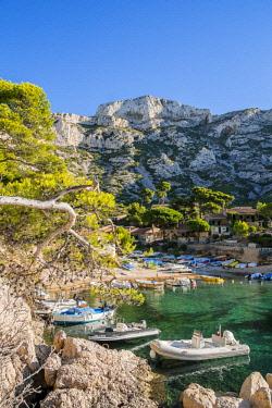 HMS2400794 France, Bouches du Rhone, Marseille, the Calanques National Park, the Sormiou cove