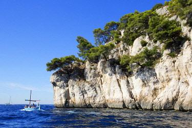 HMS2478565 France, Bouches du Rhone, National Park Calanques, Marseille, creek of Port Pin