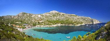 HMS2478659 France, Bouches du Rhone, Calanques National Park, Marseille, cove Sormiou