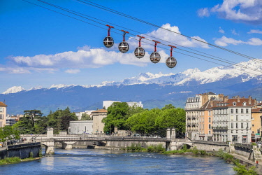 HMS1955995 France, Isere, Grenoble, the Bastille cable car or the Bubbles, the first urban cable car in the world with Belledonne massif in the background