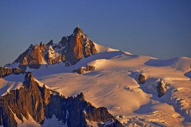 HMS2234303 France, Haute Savoie, Chamonix, the aiguille du Midi (3848m) at sunrise, Mont Blanc range