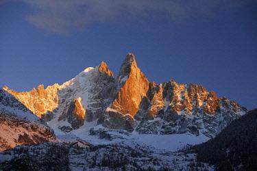 HMS2234363 France, Haute Savoie, Chamonix, aiguille Verte (4122m), aiguille du Dru (3754m), Mont Blanc range