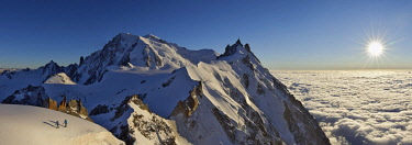 HMS2506907 France, Haute-Savoie, Chamonix, Mont-Blanc (4810m) and the aiguille du Midi (3848m) at sunset, Mont-Blanc range