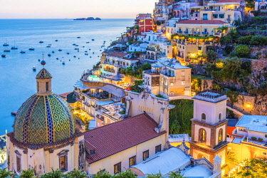 CLKAC68970 Positano, Salerno Province, Campania, Italy. View of the center of Positano at dusk