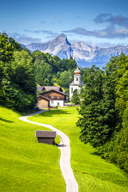 CLKST68679 Wamberg village with Mount Zugspitze and Alpspitze on the background, Garmisch Partenkirchen, Bayern, Germany.