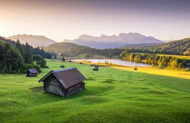 CLKST69298 Sunrise at Geroldsee, near Garmisch Partenkirchen, Bayern, Germany