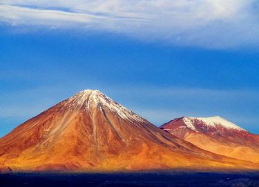 CHI10877AW View over Atacama Desert towards the Volcano Licancabur, San Pedro de Atacama, Antofagasta Region, Chile