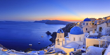 Greece, Cyclades, Oia town and Santorini Caldera
