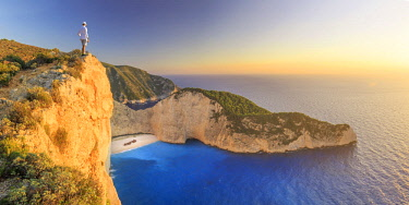 GR13073 Greece, Ionian Islands, Zakynthos, Navagio (shipwreck) beach