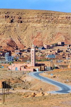 MOR2419AW Morocco, Souss-Massa (Sous-Massa-Draa), Ouarzazate Province. Village of Tamedakhte.