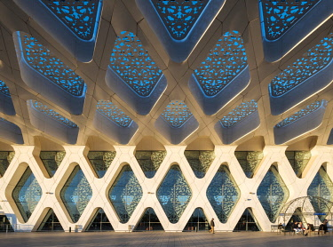 MOR2482AW Morocco, Marrakech-Safi (Marrakesh-Tensift-El Haouz) region, Marrakesh. Modern architecture terminal building at Marrakesh Menara Airport.
